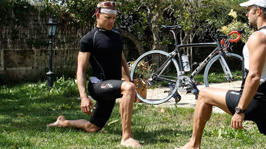 Dehnübungen für Triathleten mit Luke Dragstra